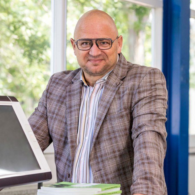 Jos Driessen General Manager